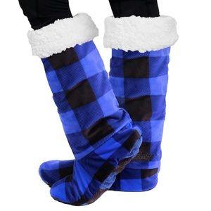 The Comfy Feet Slippers Sherpa Socks Blue Black Non-slip Buffalo Plaid Footwear